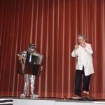 Prof. Hauser und Robbi