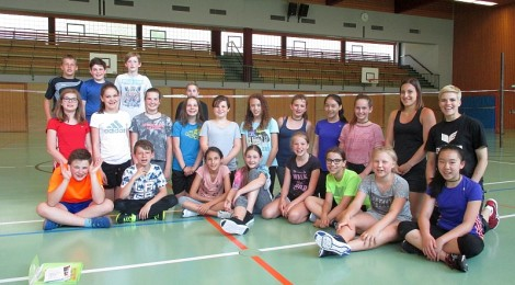 FAUSTBALL IN DER SCHULE